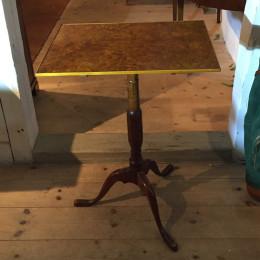 Alrotsbord från Mälardalen. Troligtvis tidigt 1800-tal.