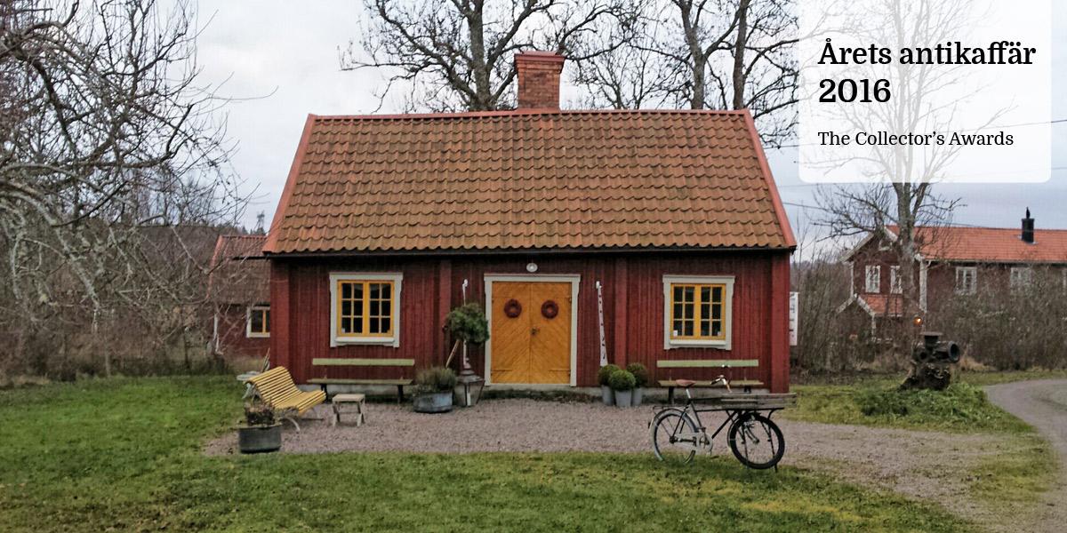 Välkommen till Helms Antikvitetshandel! Inrymd i den gamla bak- och bykstugan vid Vassunda Prästgård finner du ett rikt sortiment av antikviteter utav god kvalitet.