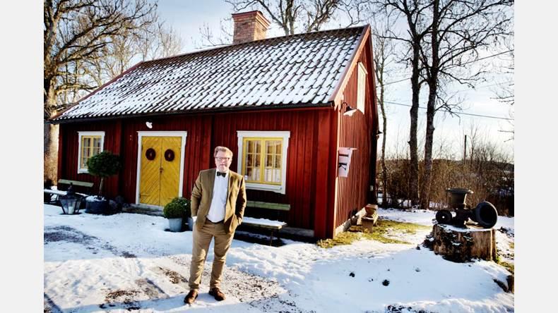 Niklas Helms från Vassunda är som UNT tidigare rapporterat Årets antikhandlare. Här följer en längre intervju med honom.